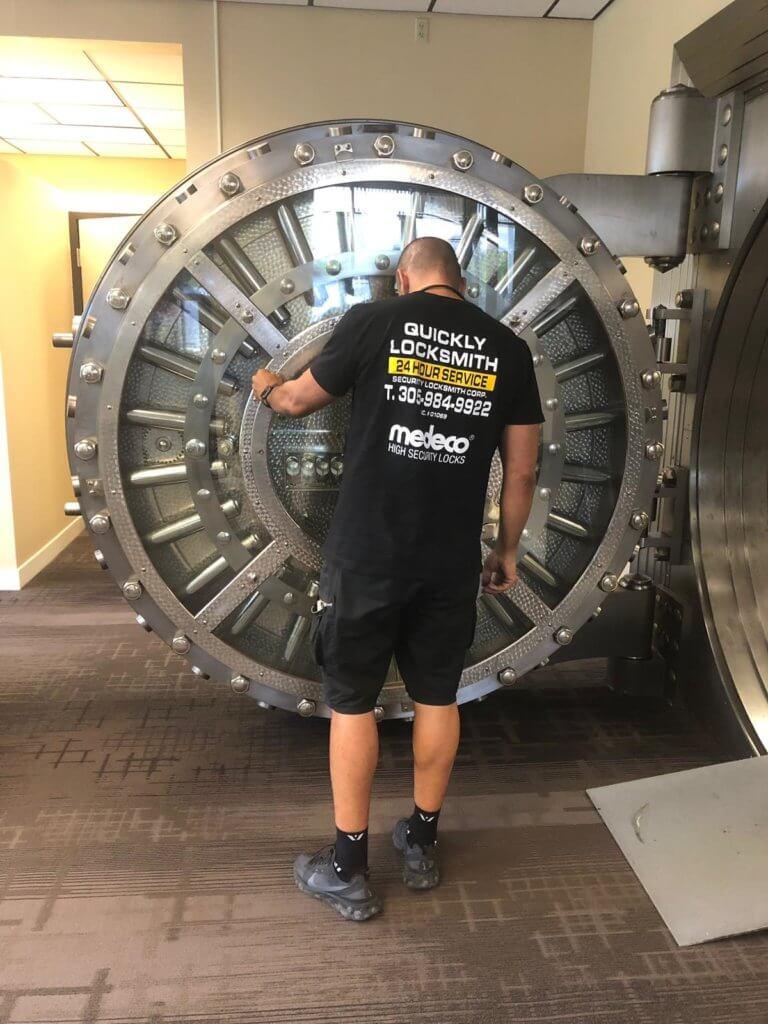 Safes Locksmith service Miami FL