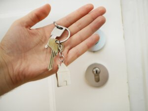Steps for Becoming a Locksmith (Requirements for Miami)