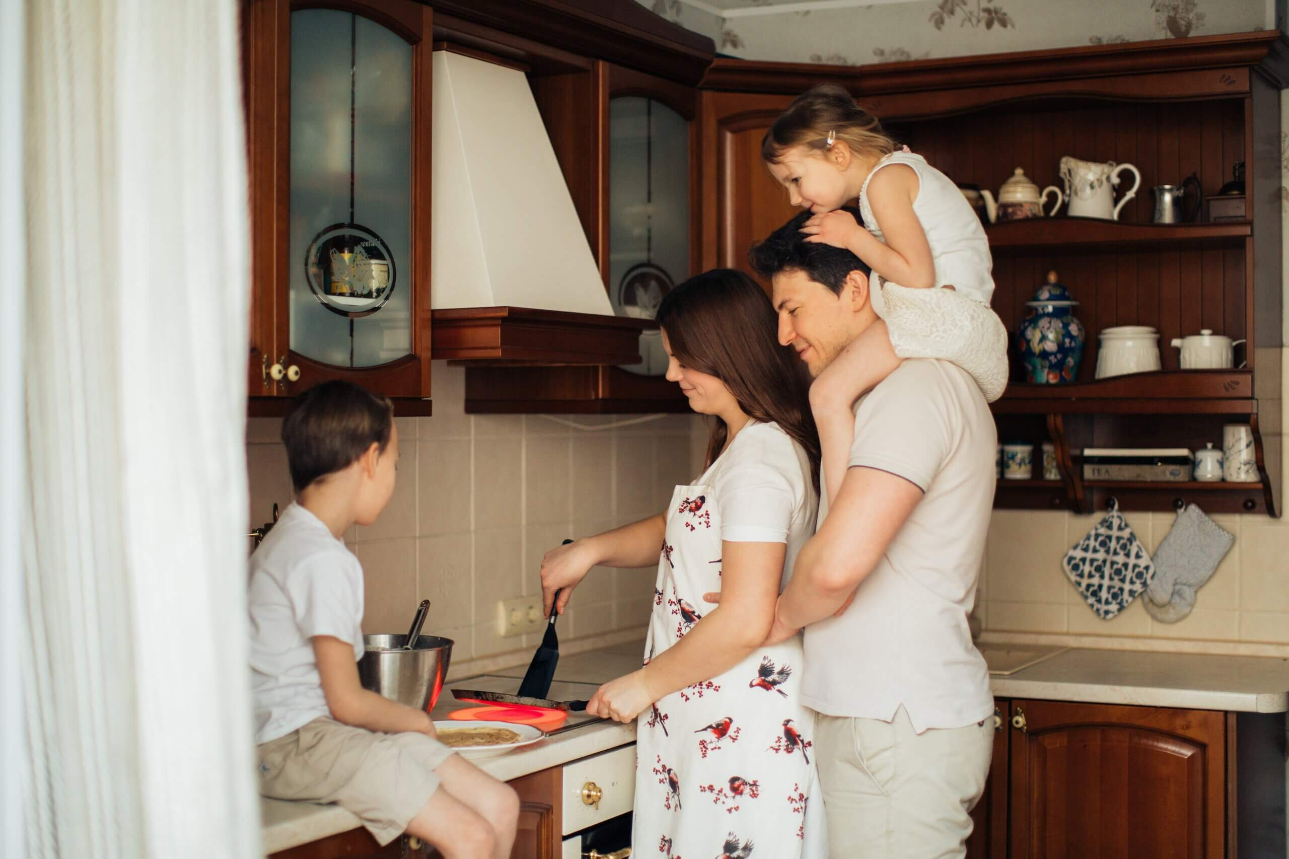 Quickly Locksmith Guide: How to Teach Your Kids About Home Safety