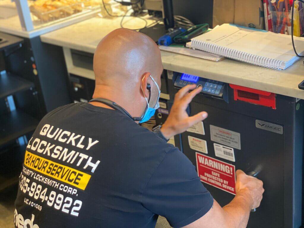 quickly locksmith services Miami FL